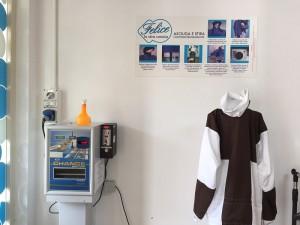 macchinario asciuga e stira camicie
